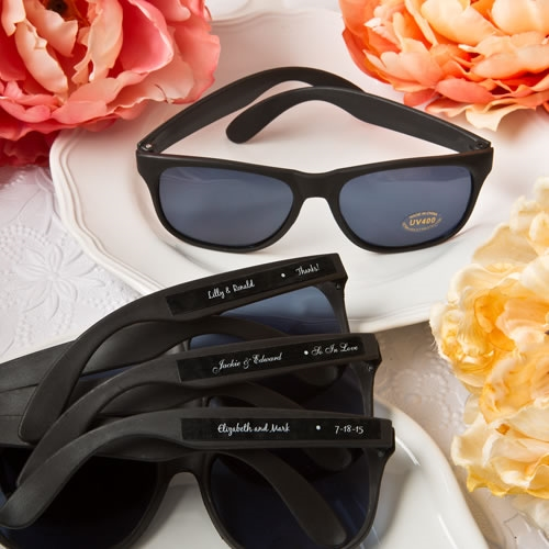 Wedding Party Gifts Canada: Black Personalized Sunglasses