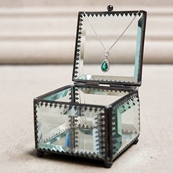 Vintage Inspired Glass Jewellery Box