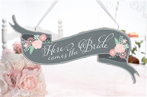 """Here Comes the Bride""/""Just Married"" Banner Sign"